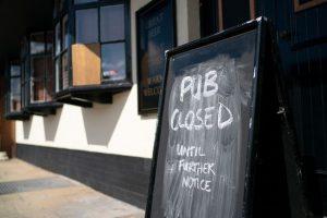 bar fermé à cause du coronavirus